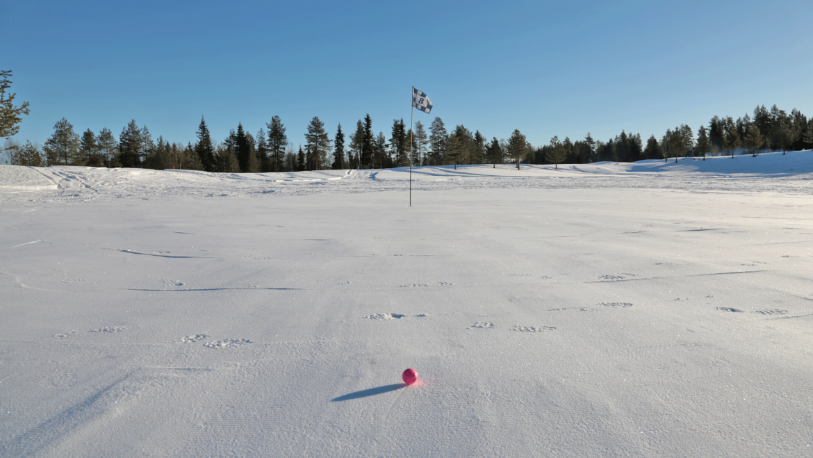 Santa's Snow Golf Tournament